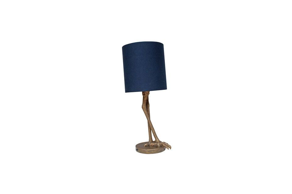 The Anda table lamp offers a very classic and versatile dark blue cylindrical lampshade