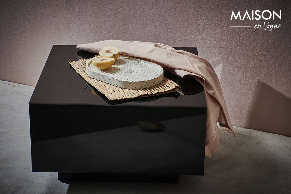 A piece of furniture with a pure silhouette between minimalism and exoticism