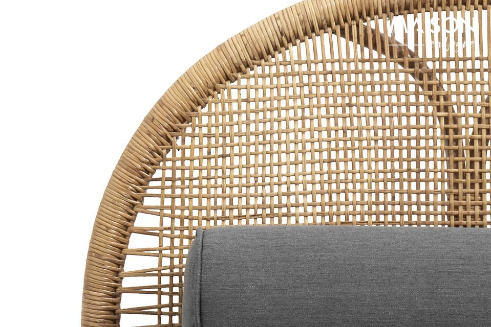 Nordal has a nice meridian-style bench in light rattan