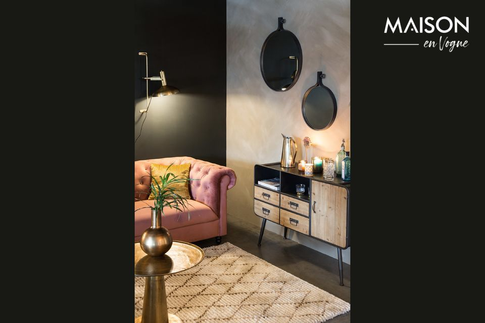 You can imagine yourself having mint tea sitting on cushions or pouffes