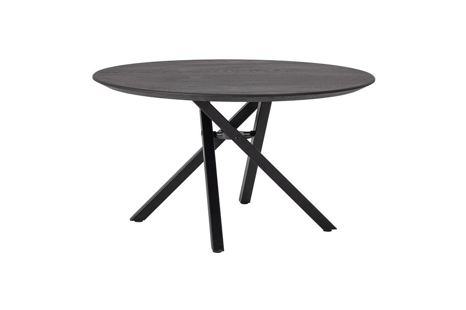 A chic and modern coffee table