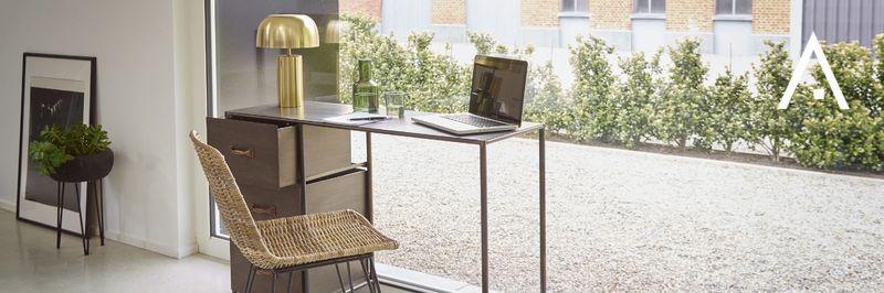 Desks Pomax
