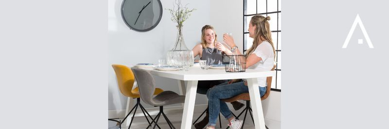 Dining tables Zuiver