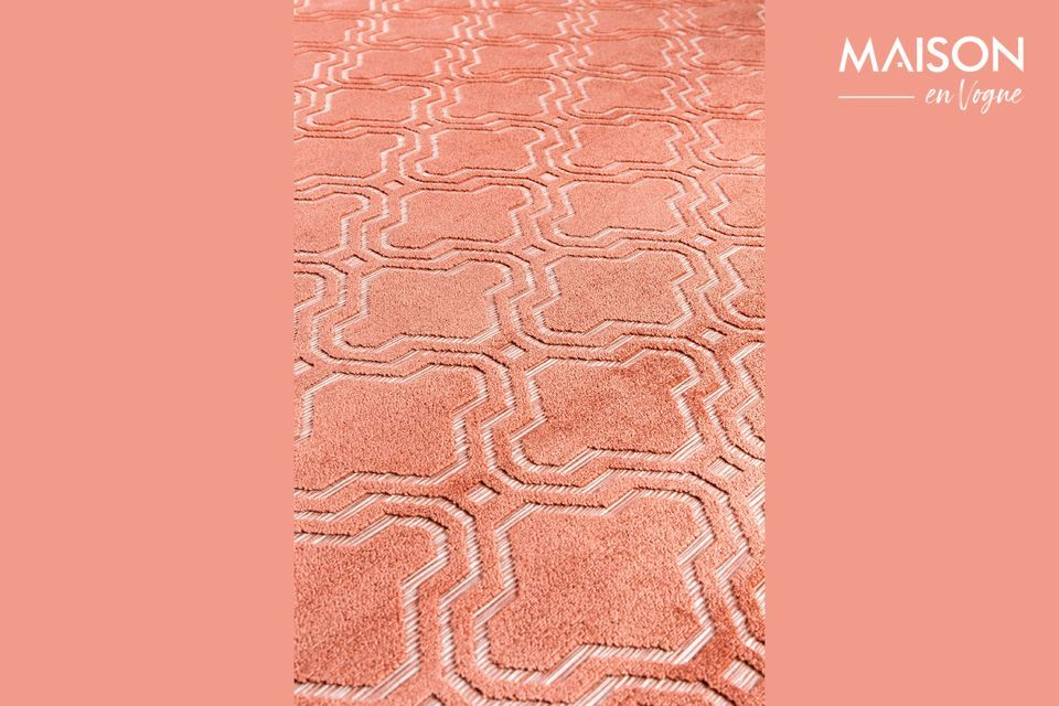 To add colour to your room, choose a rug like the pink Feike by White Label Living