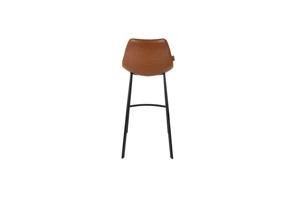This bar stool with its contemporary lines fits harmoniously in your mini-bar
