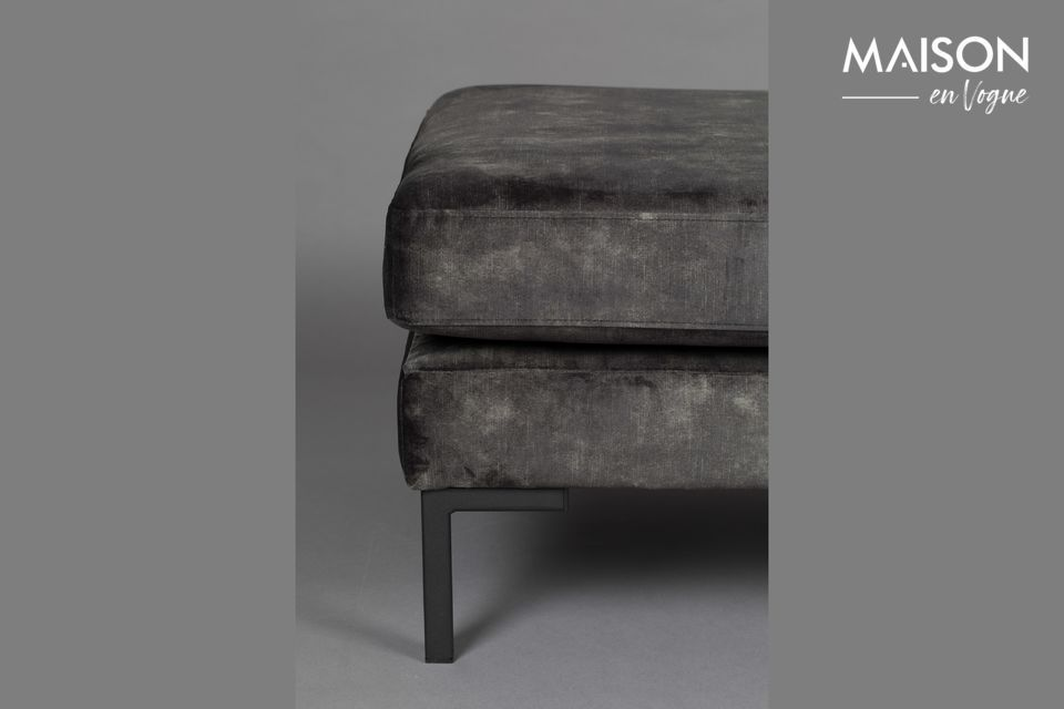 Its soft and comfortable seating makes this model a must-have for your living room or bedroom