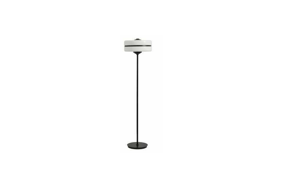 This floor lamp and its singular shape will ideally suit the most contemporary living rooms