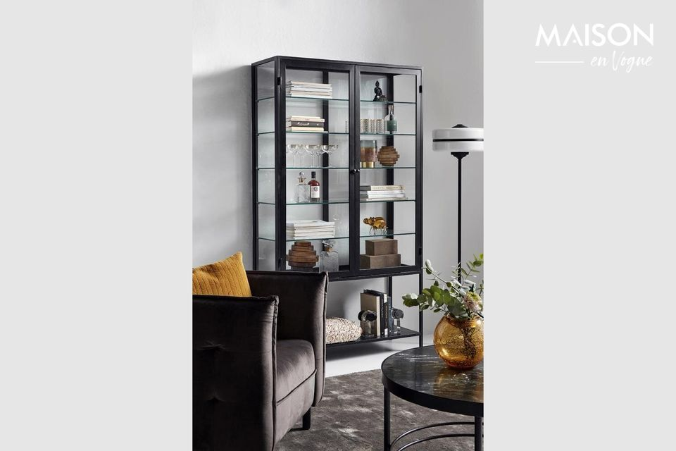 The Nordal furniture brand, straight from Northern Europe, offers you its unique model of floor lamp