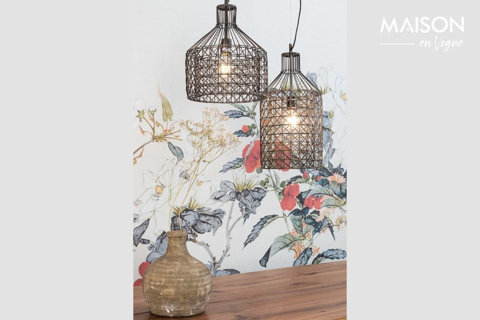 There\'s a nice airy lightness when you look at this lamp