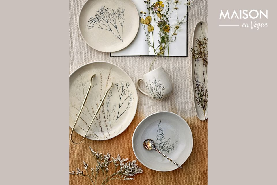 Large Bea natural plate in stoneware Bloomingville