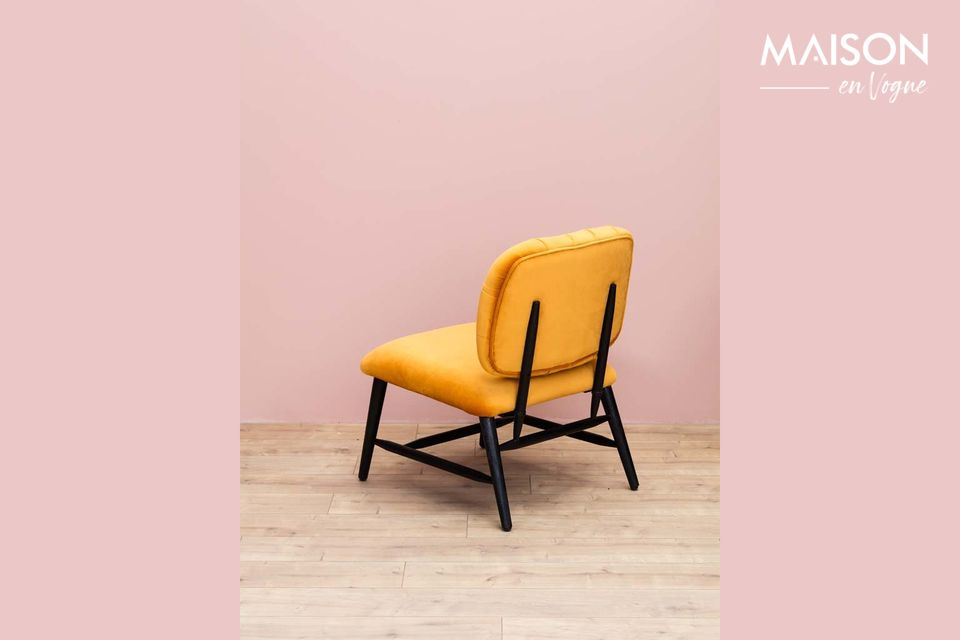 Opt for originality with the Lempty armchair signed by the furniture brand Chehoma