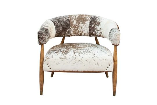 Les Rocheuses cow and oak armchair Clipped