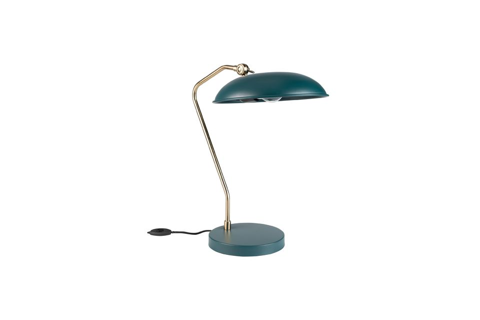 But the essential is elsewhere: Liam is a solid desk lamp it is all metal