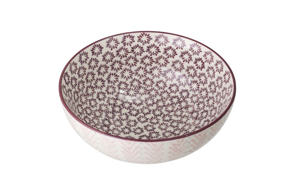 A classic and timeless salad bowl