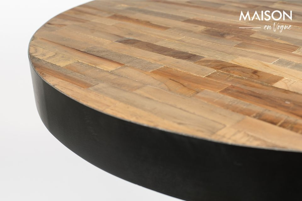 With this Natural Round Maze Bar Table