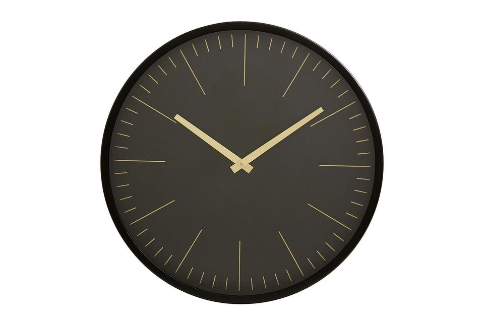 For this wall clock, the Nordal brand has opted for visuals