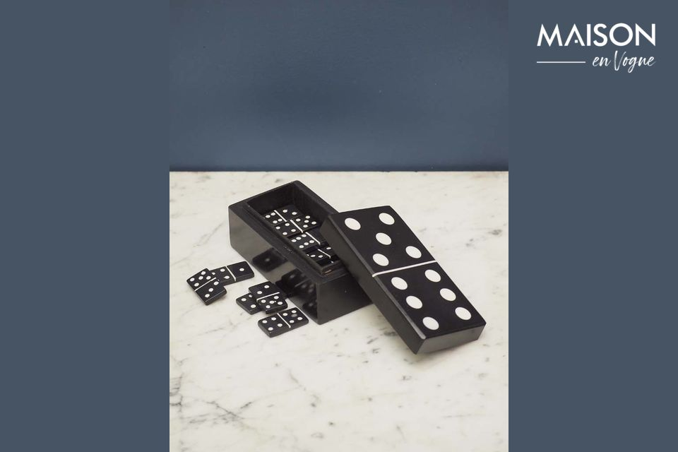 The domino box, simple and original at the same time