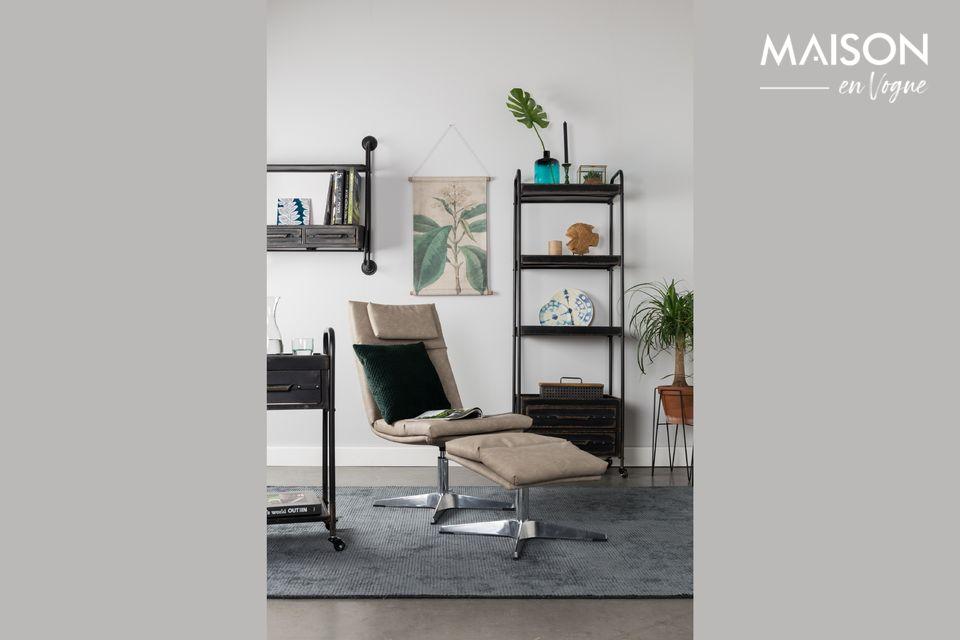 A versatile shelf with a vintage design