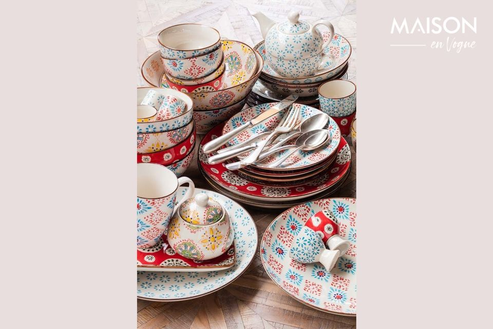 Colourful mugs with a vintage look