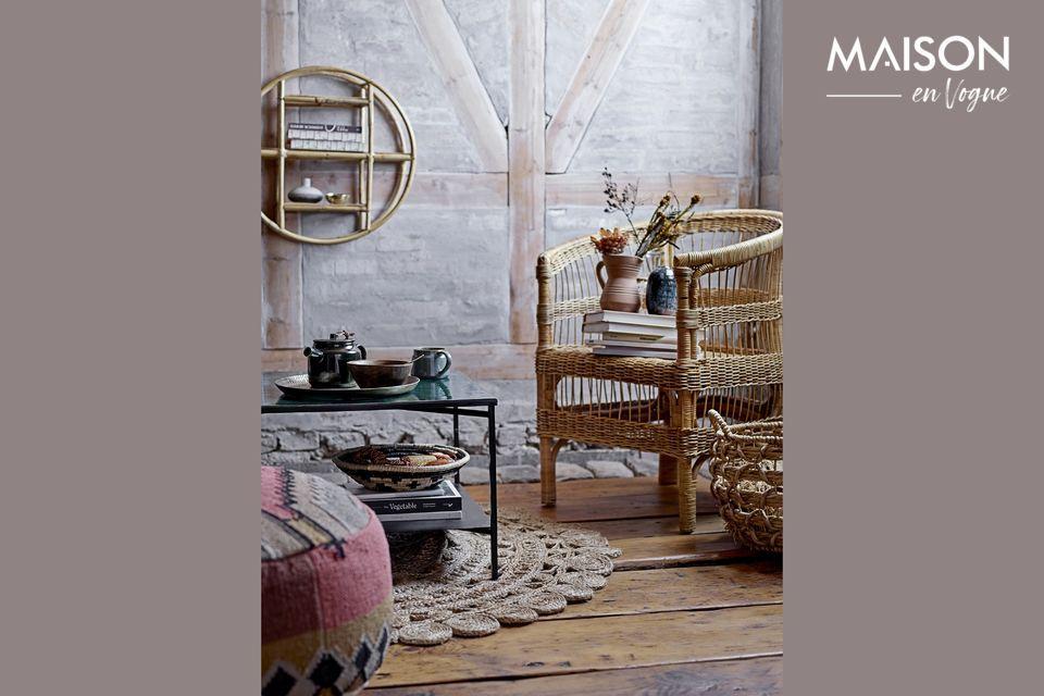 A sleek shelf for your interior