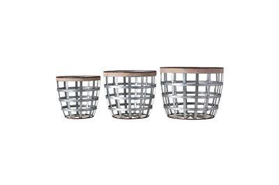 Valence metal baskets