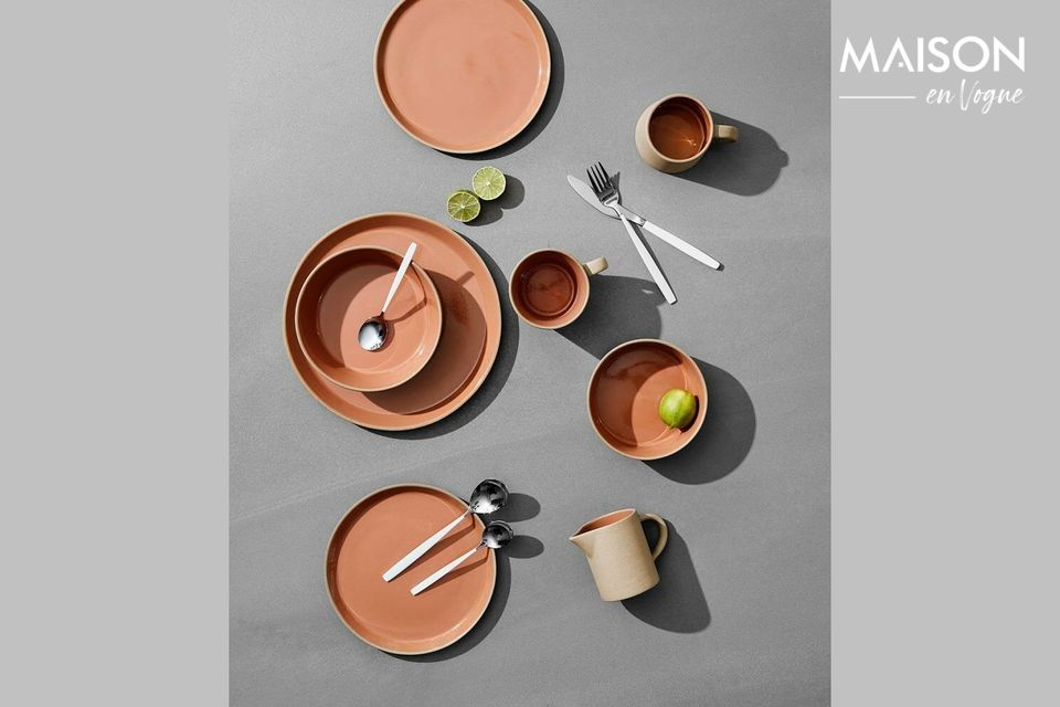 Elegant cutlery for a refined table